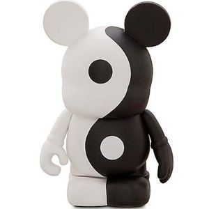 Disney Vinylmation Mickey Yin and Yang
